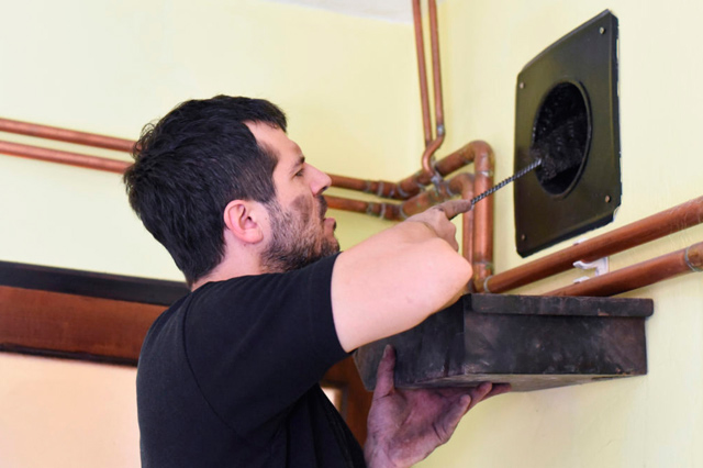 How Are Ducts Cleaned: Is Cleaning Your Ducts Even Necessary?